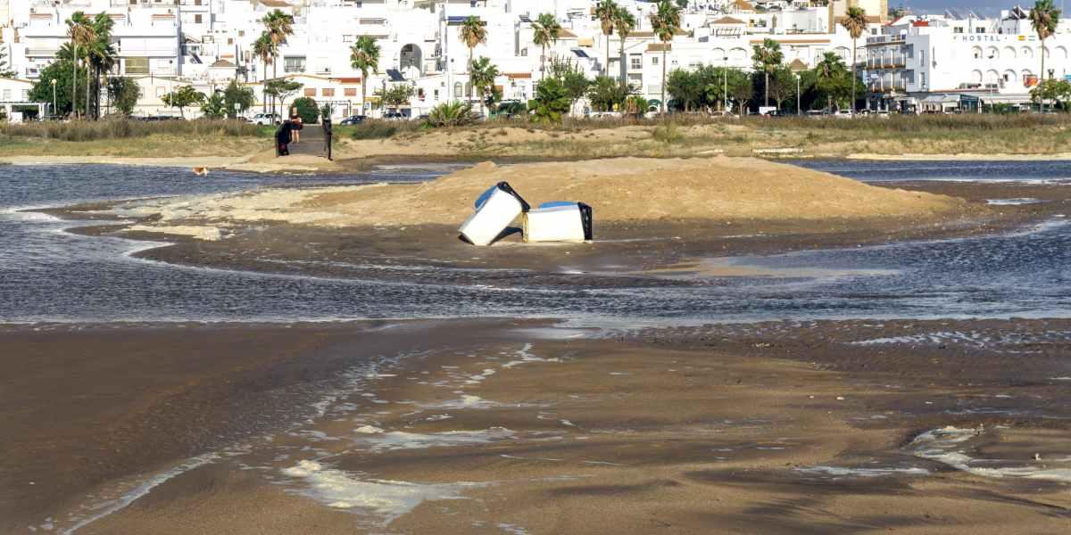 Efecto de los plásticos en la playa