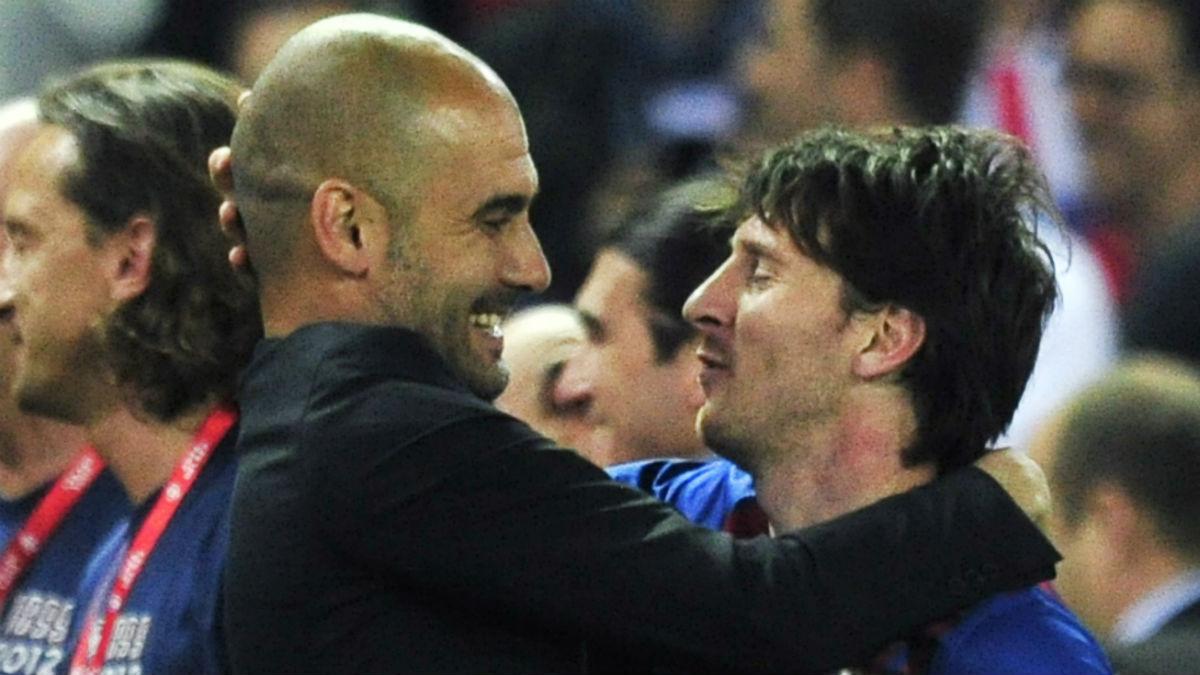 Messi celebra un título con Guardiola en el Barcelona. (AFP)