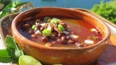 Receta de Sopa de frijoles y proteína de soja_ magra y muy nutritiva