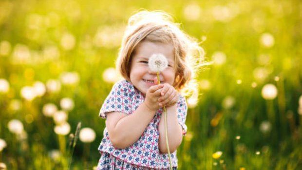 Un estudio revela que criar niños en entornos verdes aumenta su inteligencia
