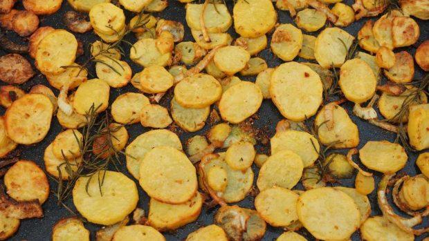 Patatas al horno originales y deliciosas