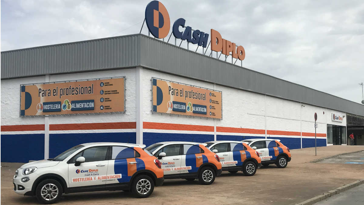 Directivos de Supersol y Cash Diplo comprarán la división mayorista para hostelería de la compañía