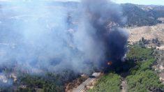 Huelva.- Sucesos.- Declarado un incendio en el paraje Olivargas de Almonaster la Real que obliga al desalojo de minas