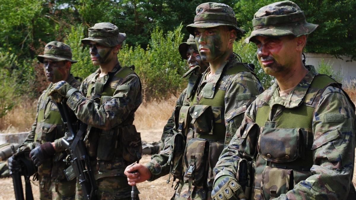Militares españoles en un Centro de Formación de Tropa (Foto: Ejército de Tierra).
