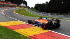 Carlos Sainz durante el Gran Premio de Bélgica en el circuito de Spa. (AFP)