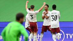 Aubameyang celebra su tanto ante el Liverpool. (Getty)