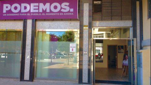 Fachada de la sede de Podemos en Málaga.