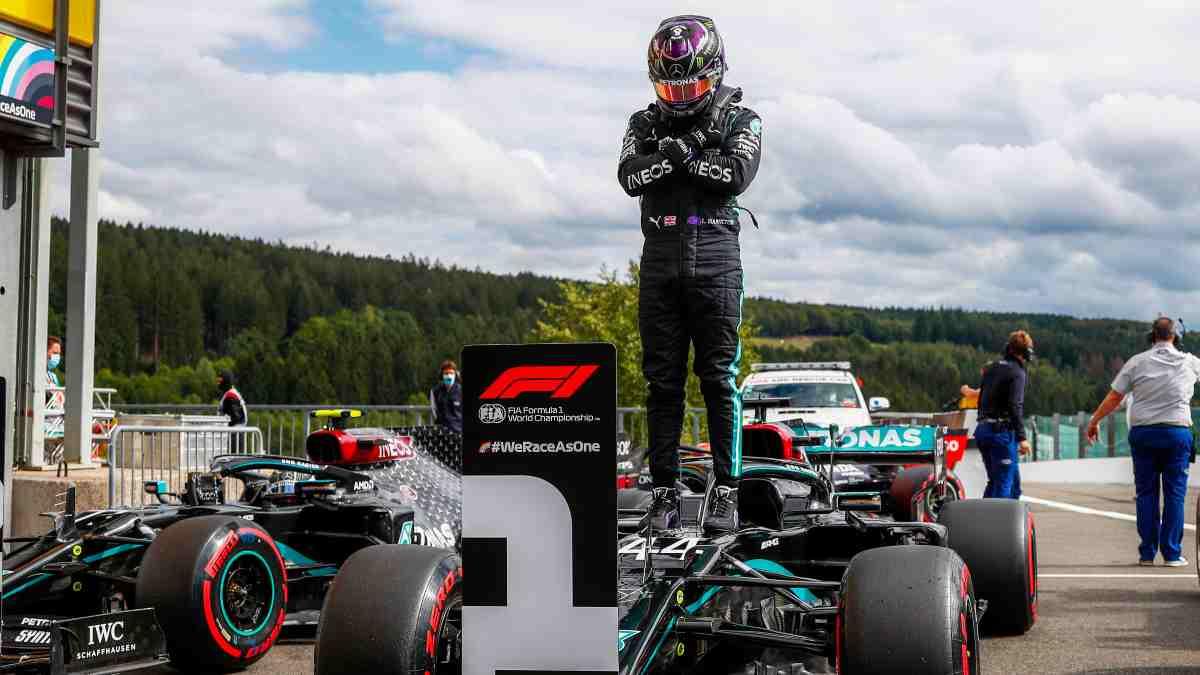 Lewis Hamilton en el Gran Premio de Belgica. (AFP)