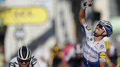 Alaphilippe venció en la segunda etapa del Tour. (AFP)