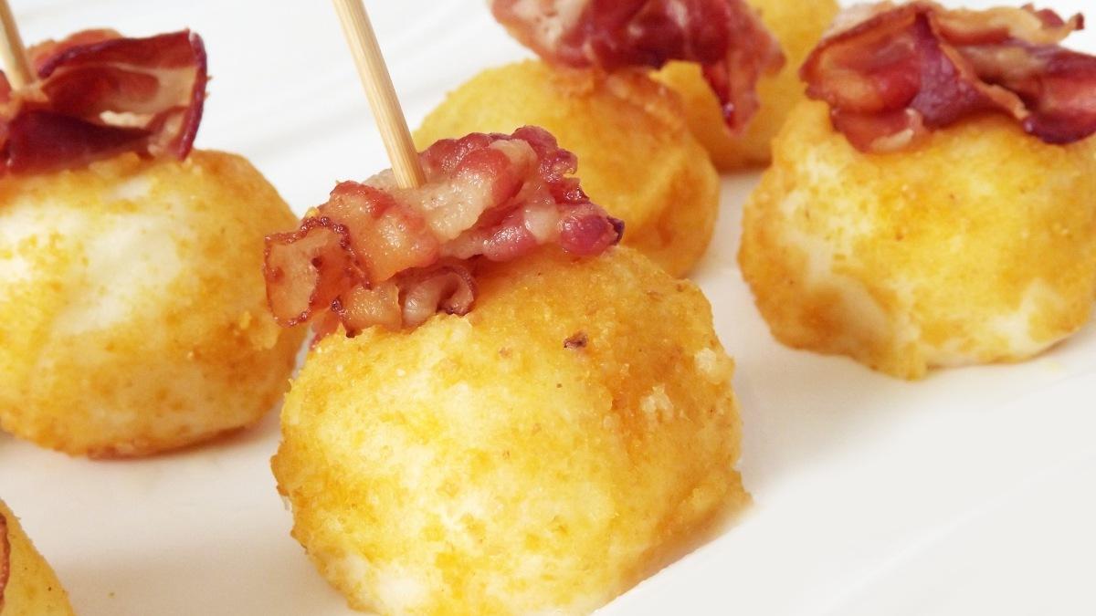 Croquetas de patata y bacon