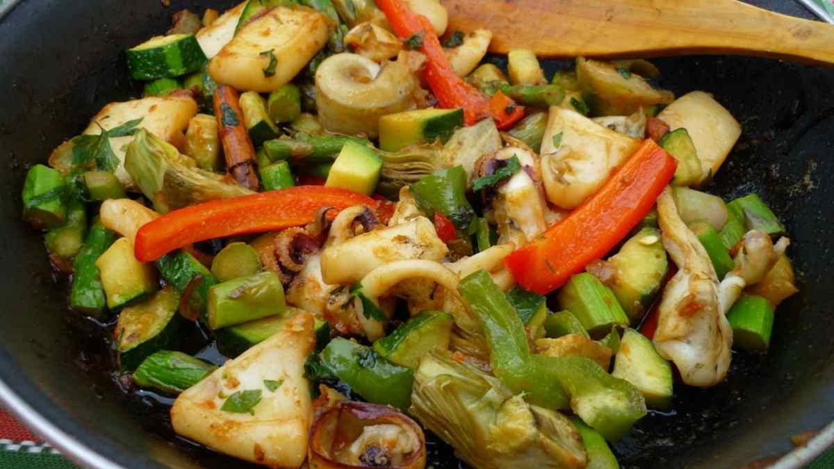Hígado graso y verduras