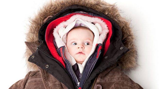 vestir al bebé días fríos