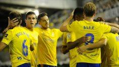 Los jugadores del Cádiz celebran un gol la pasada temporada. (La Liga)