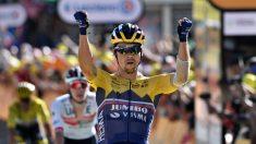 Primoz Roglic celebra su triunfo en la cuarta etapa del Tour. (AFP)