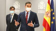 El ministro de Sanidad, Salvador Illa, y el presidente del Gobierno, Pedro Sánchez. (Foto: Europa Press)