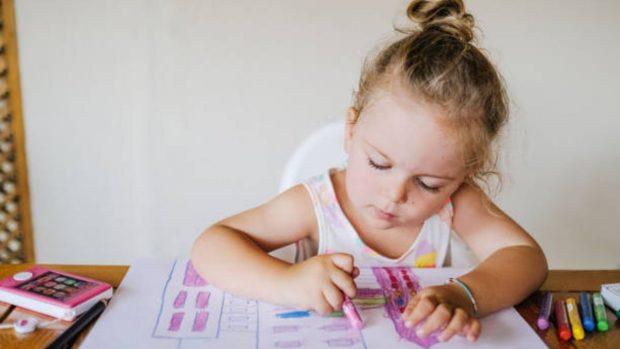 Agarre correcto del lápiz: cómo enseñarlo a los niños