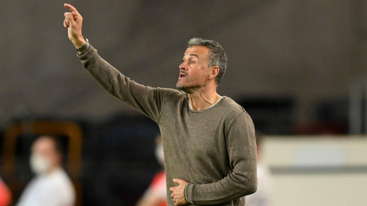Luis Enrique durante un partido con España. (Getty)