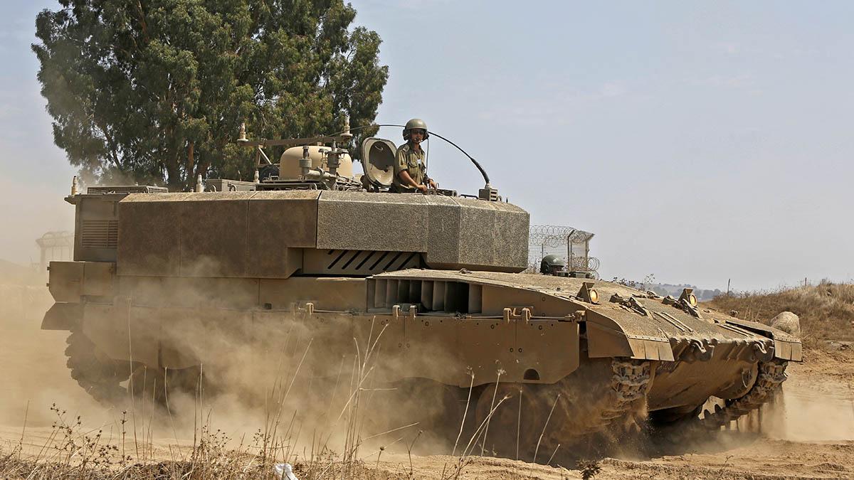 Un blindado israelí durante una operación militar en los altos del Golán el pasado día 1 de septiembre.