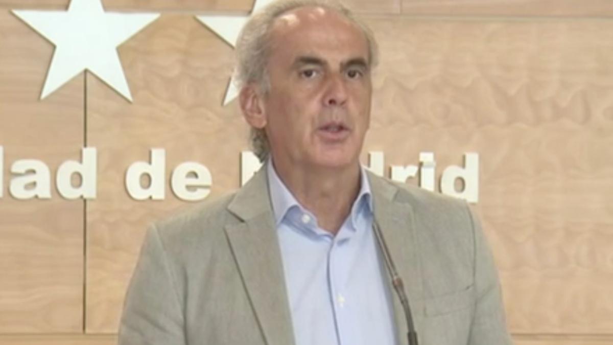 El consejero de Sanidad de Madrid, Enrique Ruiz Escudero, durante la presentación de las nuevas medidas contra el Covid.