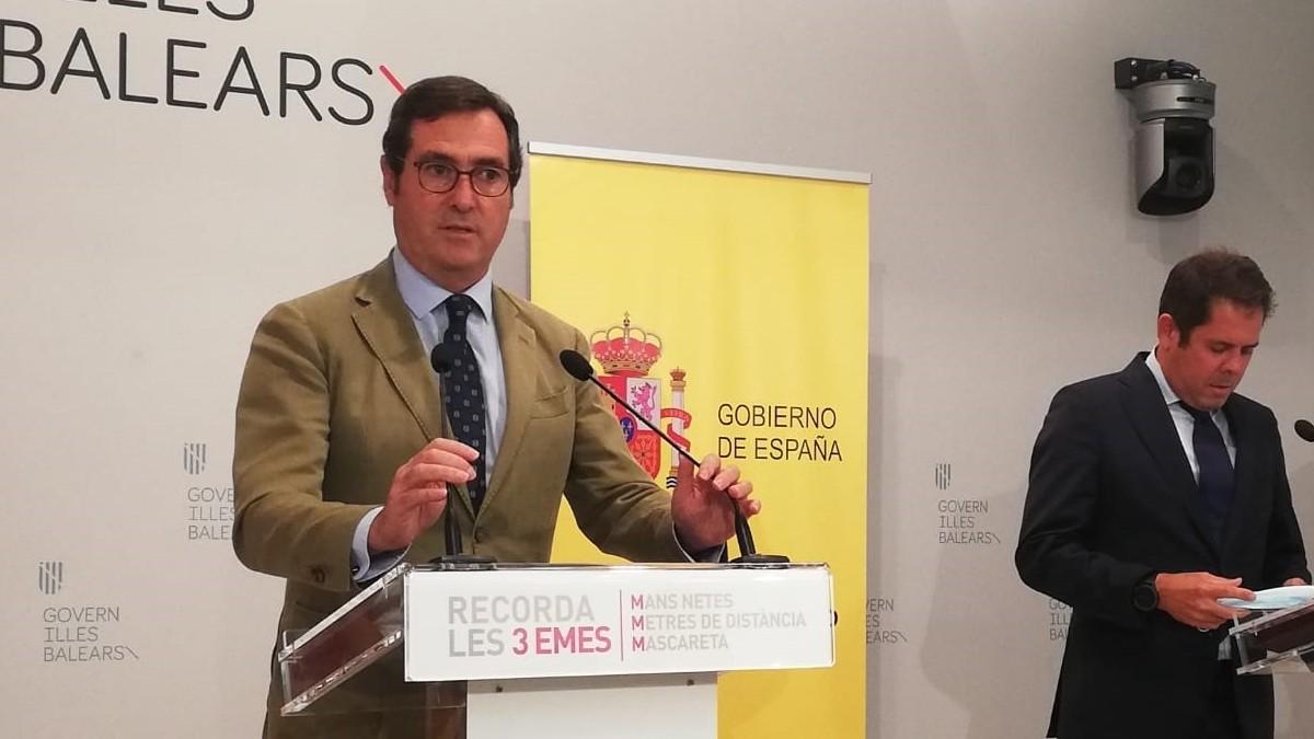 Los presidentes de la CEOE y Cepyme, Antonio Garamendi y Gerardo Cuerva, tras la reunión de la Mesa de Diálogo en Palma.