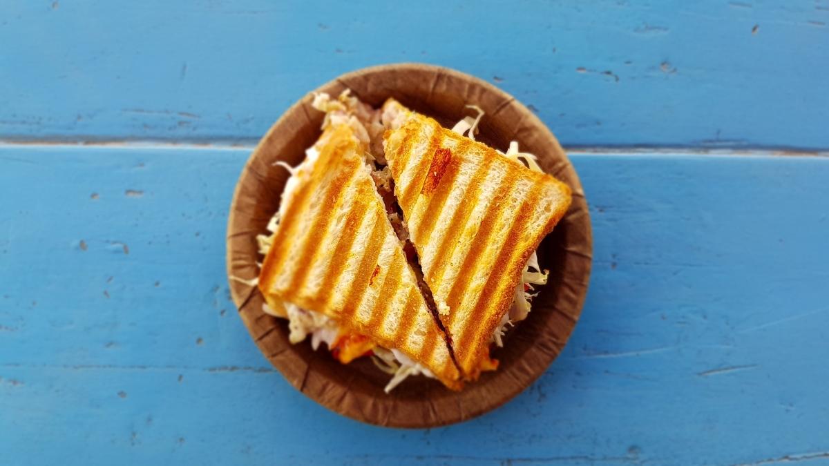 Vuelta al cole: Pan de sándwich con 3 ingredientes al microondas