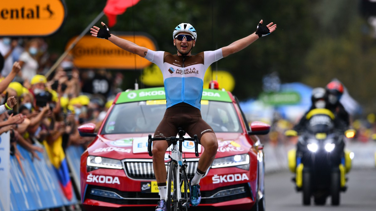 Peters celebra el triunfo en Loudenvielle. (AFP)