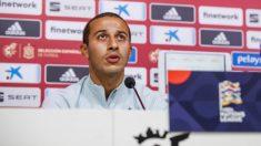 Thiago Alcántara, durante una conferencia de prensa. (RFEF)