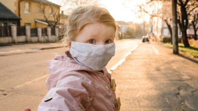 coronavirus diarrea vómitos niños