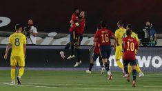 Sergio Ramos celebra un tanto en el duelo de la Liga de Naciones contra Ucrania.