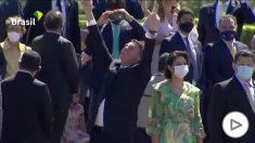 Bolsonaro, como si no existiera el COVID