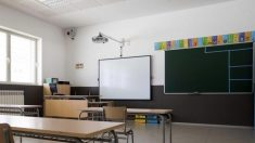 Andalucía incorpora a más de 7.000 profesores para desdoblar las aulas