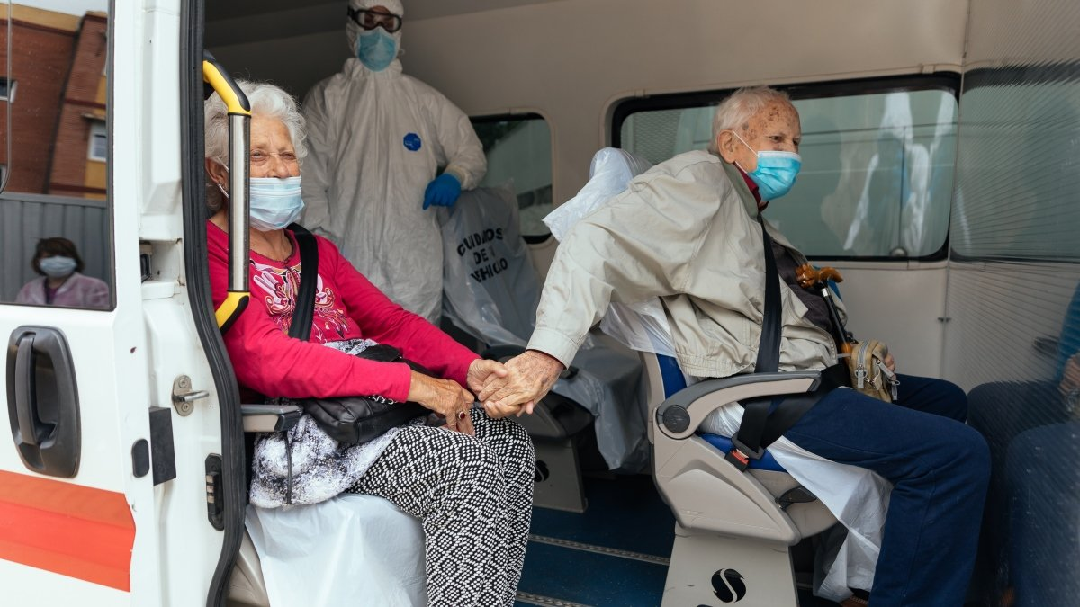 Muchos de los ancianos permanecen asintomáticos