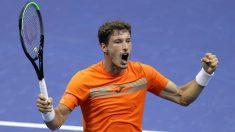 Carreño celebra su victoria ante Shapovalov. (US Open)