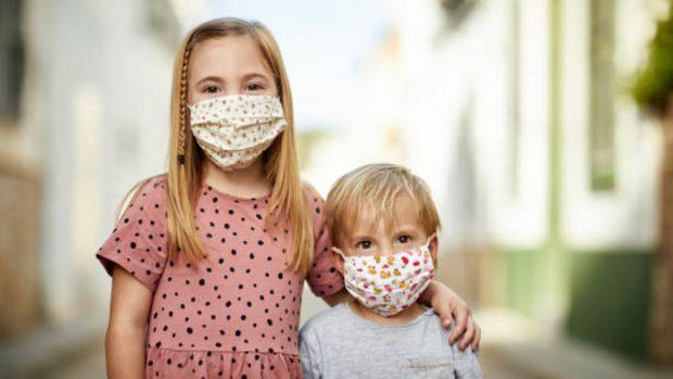 Cinco casos en los que los niños están exentos del uso de mascarilla