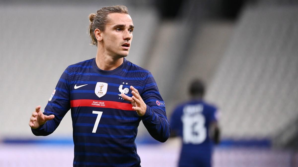 Griezmann durante un partido con Francia. (AFP)
