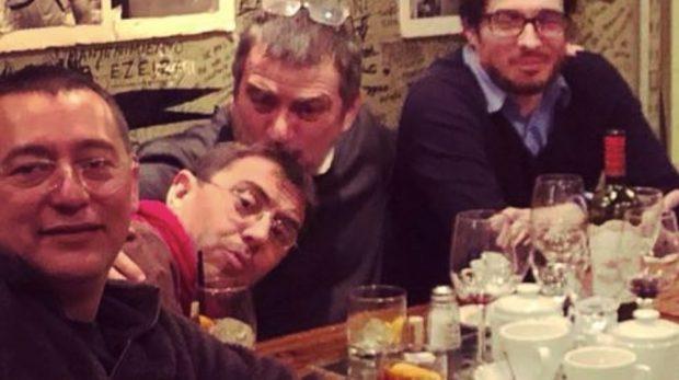 Juan Carlos Monedero junto al director de Neurona Consulting.