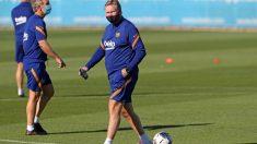 Ronald Koeman durante su primer entrenamiento con el Barcelona. (fcbarcelona.es)