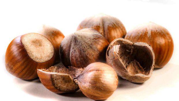 Receta de Ferrero Rocher saludables con 4 ingredientes