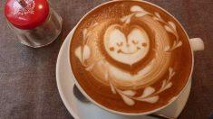 Receta de café de avellanas decorado