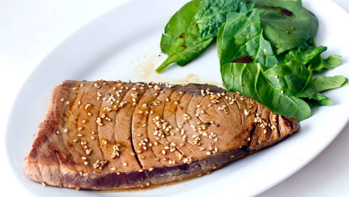 Receta de Atún cocinado con semillas de sésamo