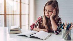 Cuántas horas deben pasar los niños haciendo deberes y estudiando