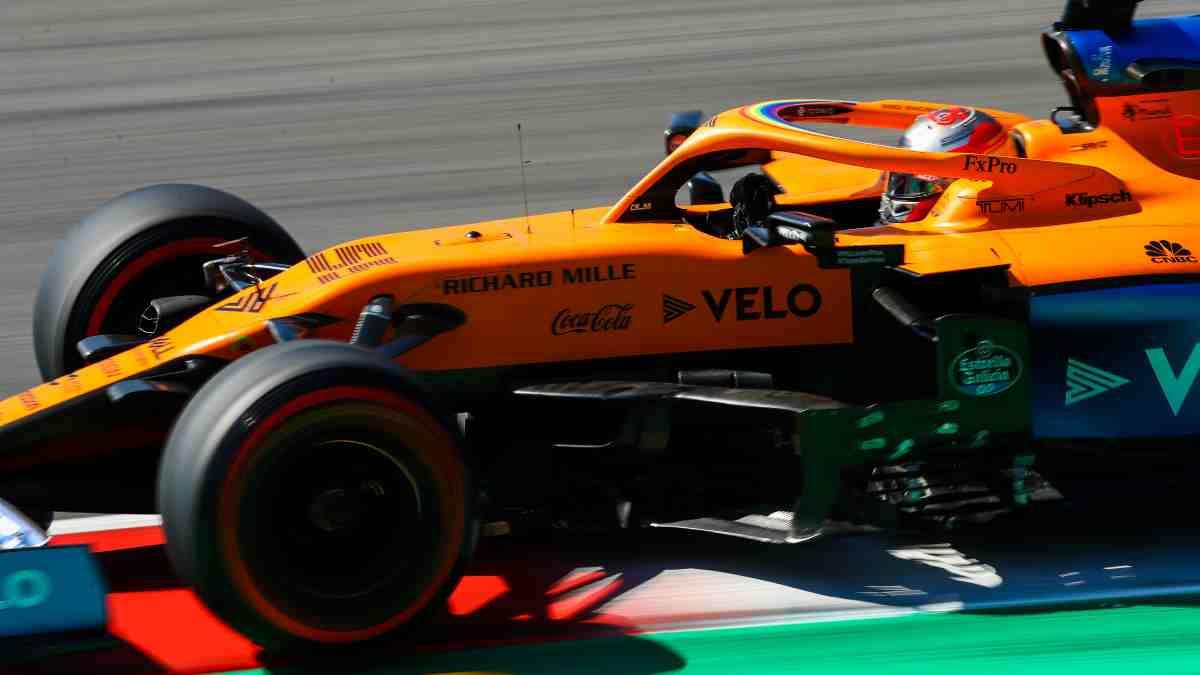 Carlos Sainz durante la clasificación del Gran Premio de la Toscana. (AFP)
