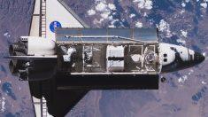 El 19 de septiembre de 2012, el transbordador espacial estadounidense Endeavour comenzó su viaje final