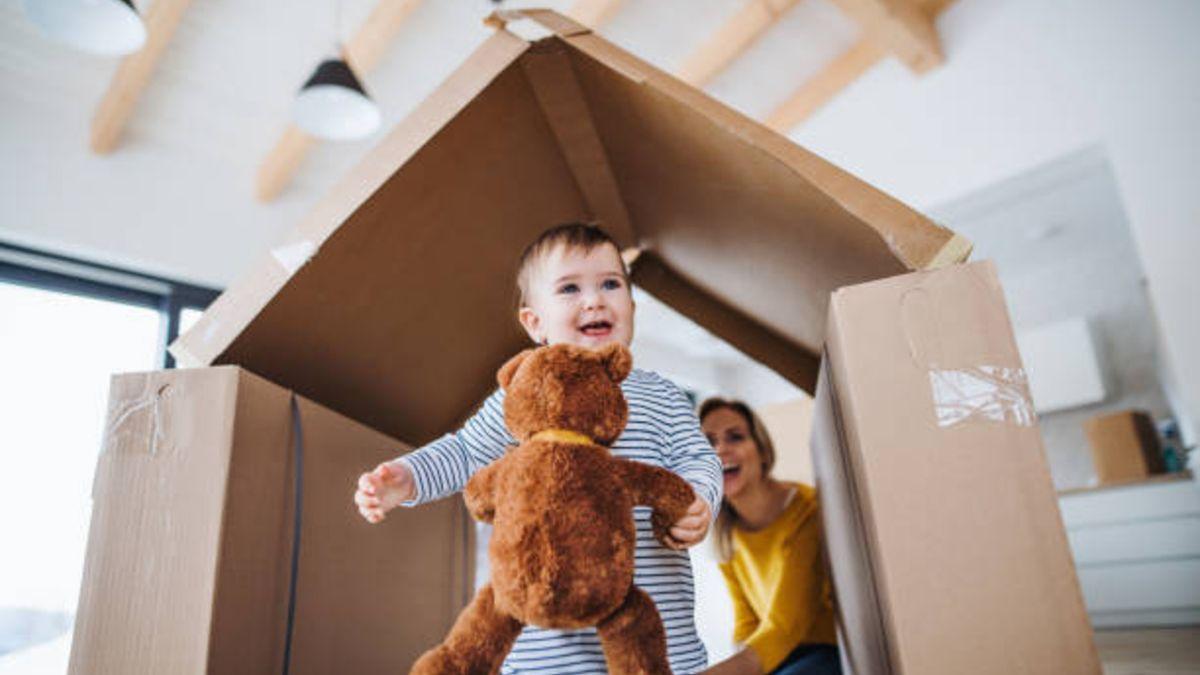 Pasos para construir una casa de juegos con una caja de cartón