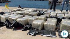 La Guardia Civil detiene a un barco croata con una tonelada de cocaína