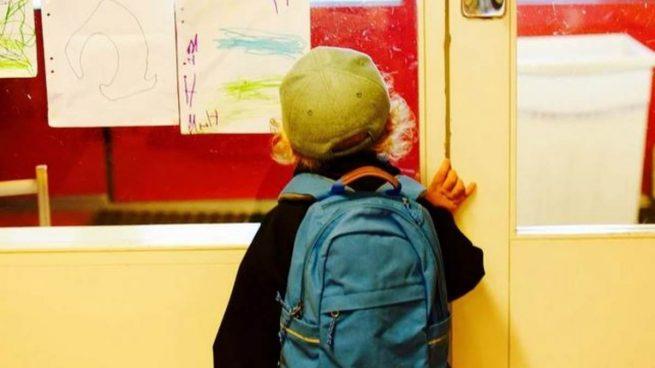 Los contagios por coronavirus se extienden a una decena de colegios en Sevilla