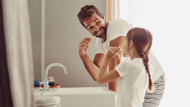 Cómo enseñar a los niños a cuidar su higiene personal