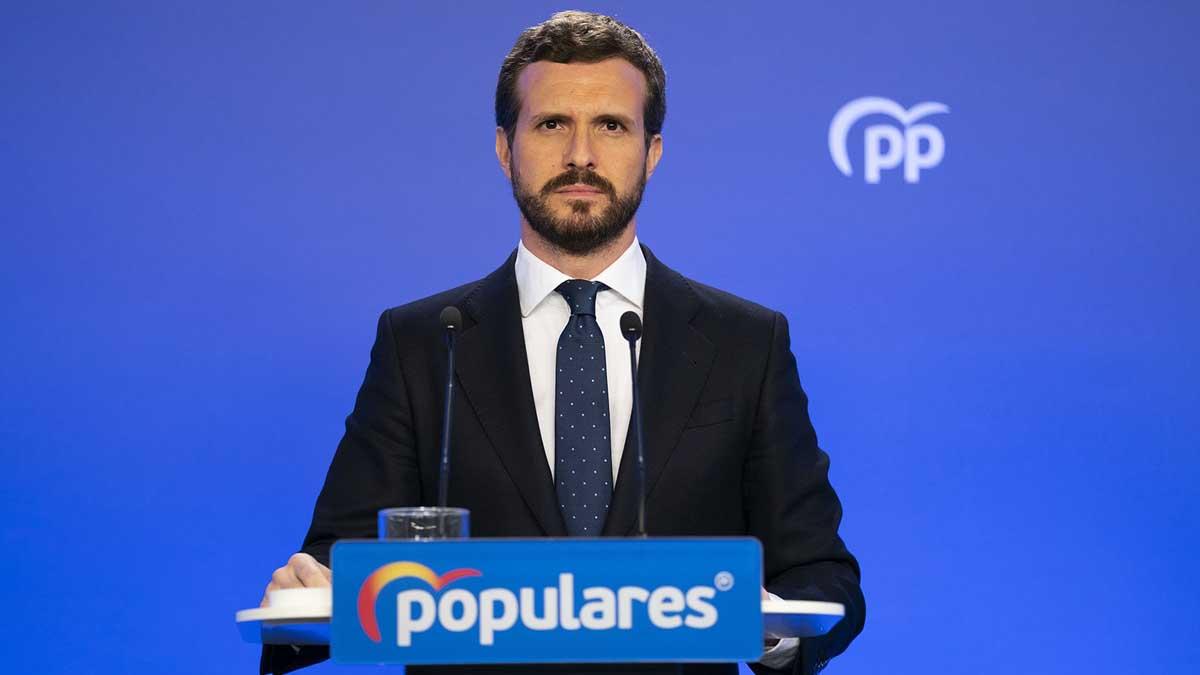 El presidente del PP, Pablo Casado, en una rueda de prensa en la sede de Génova. Foto: EP