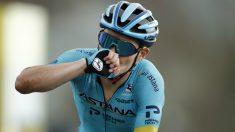 Miguel Ángel López celebra su victoria de etapa en el Tour de Francia. (AFP)