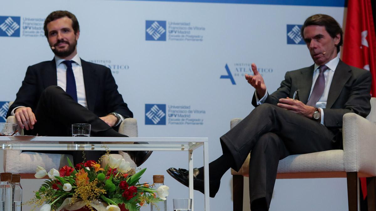 Pablo Casado y José María Aznar (Foto: EP)